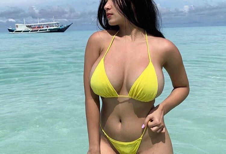 Pandora gigantic boobs